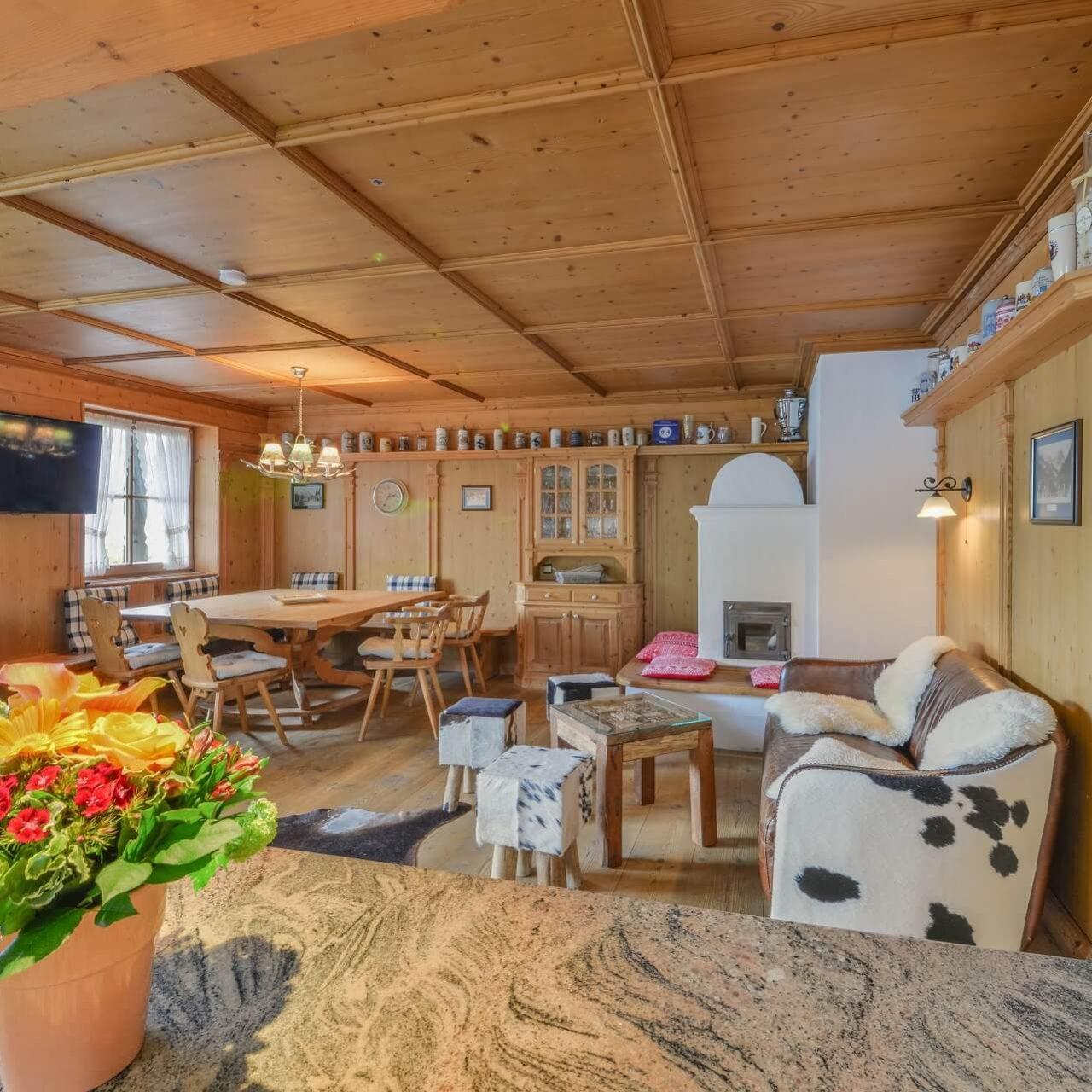 Wohnzimmer der Ferienwohnung Zugspitze Deluxe