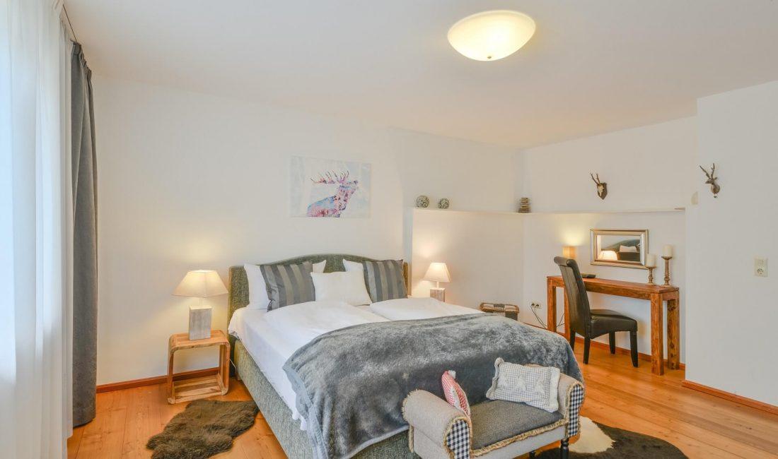 Schlafzimmer der Ferienwohnung Zugspitze Deluxe