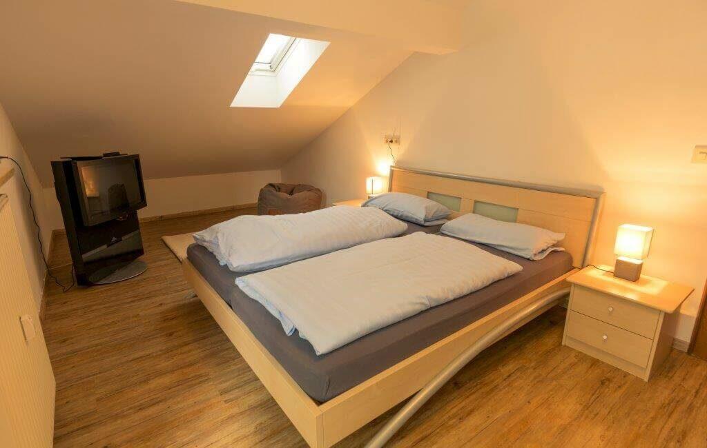 Alpen Deluxe Ferienwohnung Kofel Oberammergau Schlafzimmer