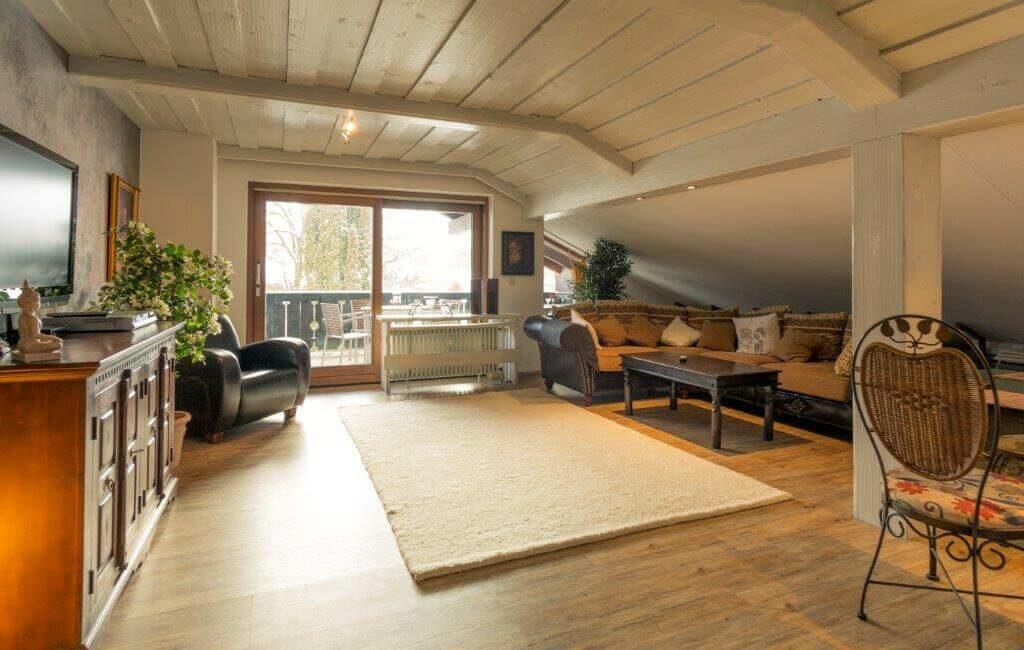 Alpen Deluxe Ferienwohnung Kofel Oberammergau Wohnzimmer 4